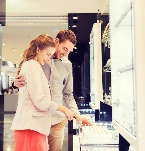 engagement ring spending